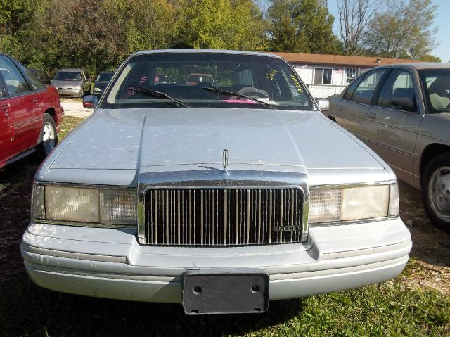 1993 Lincoln Town Car for sale in Rockville