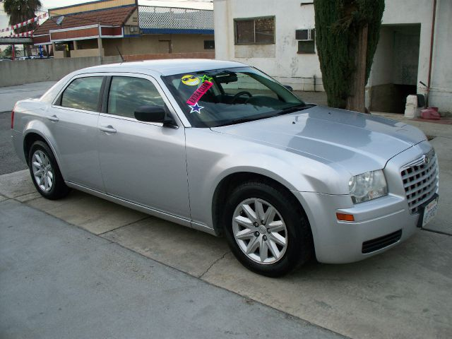 2008 Chrysler 300 for sale in Ontario CA