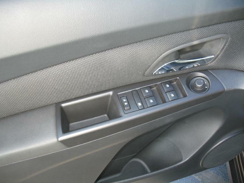 2016 Chevrolet Cruze Limited 1LT Auto 4dr Sedan w/1SD - Kenosha WI