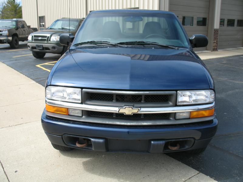 2000 Chevrolet S-10 S10 - Kenosha WI