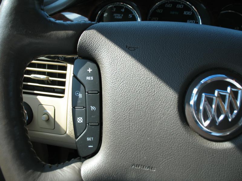2007 Buick Lucerne CXS 4dr Sedan - Kenosha WI