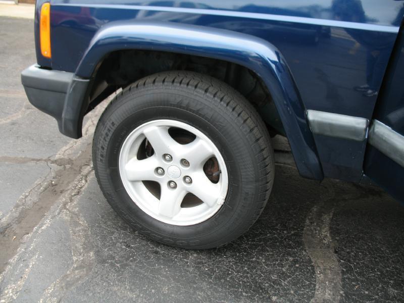 2000 Jeep Cherokee Sport 4dr 4WD SUV - Kenosha WI