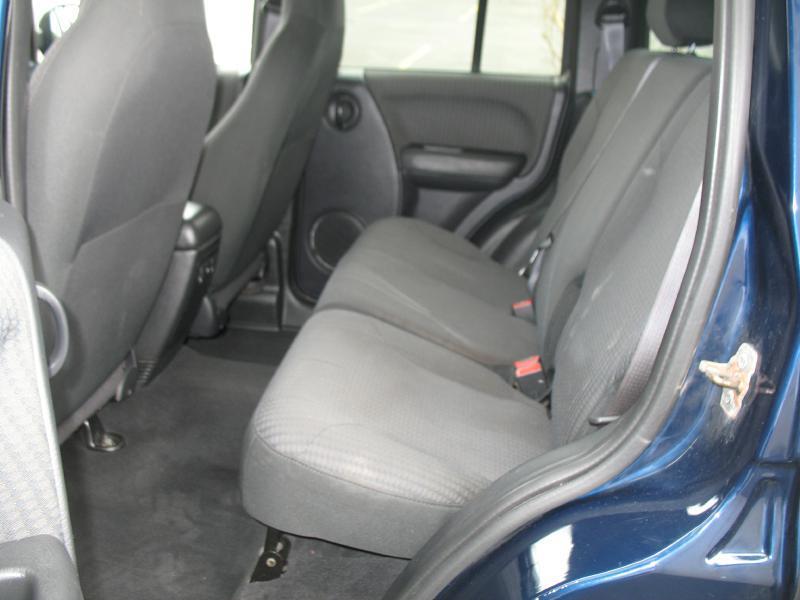 2002 Jeep Liberty 4dr Sport 4WD SUV - Kenosha WI