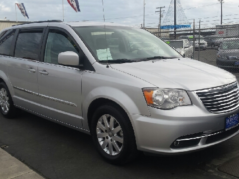 2011 chrysler town and country for sale. Black Bedroom Furniture Sets. Home Design Ideas