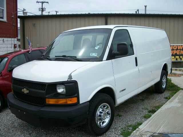 Used Cars Charleston Wv >> Used 2004 Chevrolet Express Cargo 3500 3dr Van in