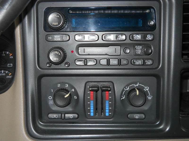 2005 Chevrolet Tahoe LT 4dr SUV - Senecaville OH