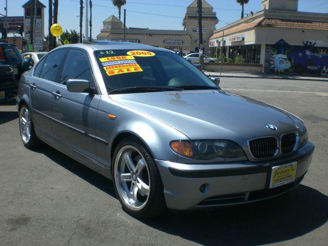 2005 BMW 3 Series 3