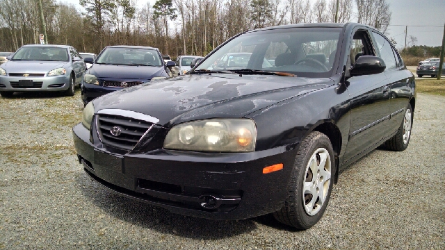 2005 hyundai elantra gls 4dr sedan in roseboro nc. Black Bedroom Furniture Sets. Home Design Ideas