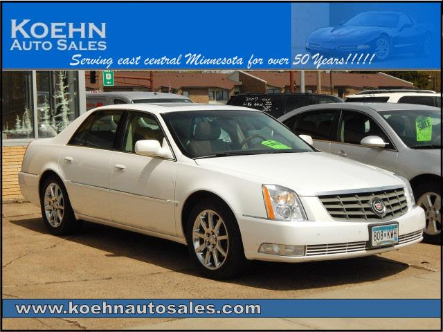 2006 Cadillac DTS Performance 4dr Sedan - Lindstrom MN