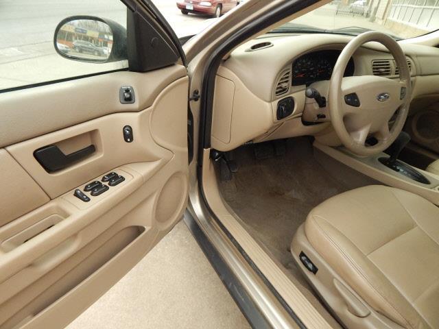 2003 Ford Taurus SES Deluxe 4dr Sedan - Lindstrom MN