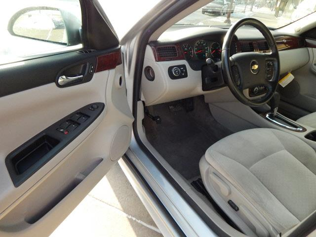 2010 Chevrolet Impala LT 4dr Sedan - Lindstrom MN