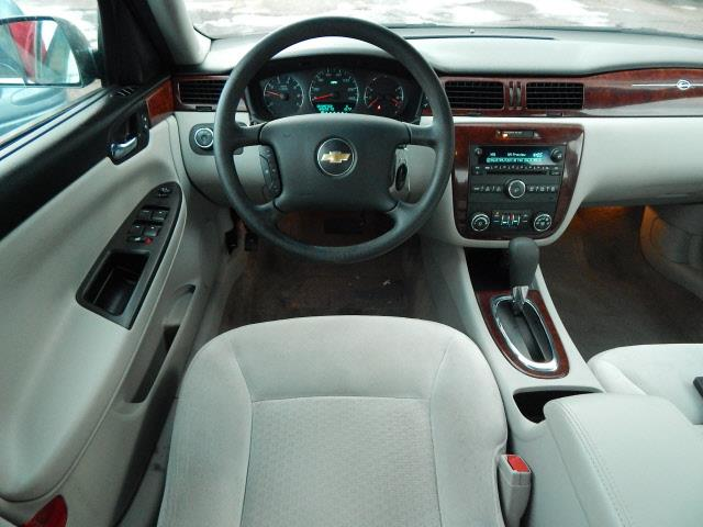2008 Chevrolet Impala LT 4dr Sedan - Lindstrom MN