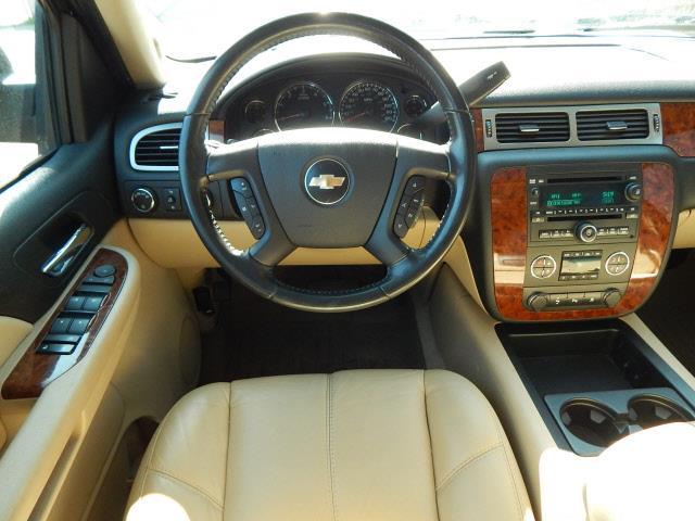 2007 Chevrolet Suburban LT 1500 4dr SUV 4WD - Lindstrom MN