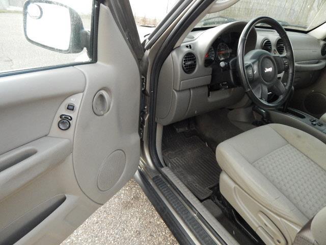 2006 Jeep Liberty Sport 4dr SUV 4WD - Lindstrom MN