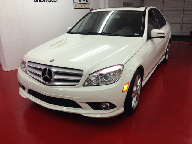 2010 MERCEDES-BENZ C-CLASS C300 SPORT SEDAN white 2000 down you drive i dont care what your credi