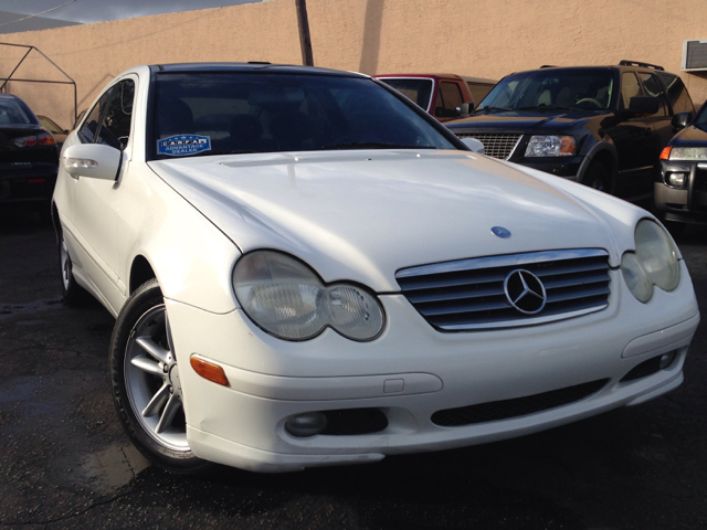 2002 MERCEDES-BENZ C-CLASS C230 COUPE unspecified selling a 2002 mercedes benz c230 coupecle