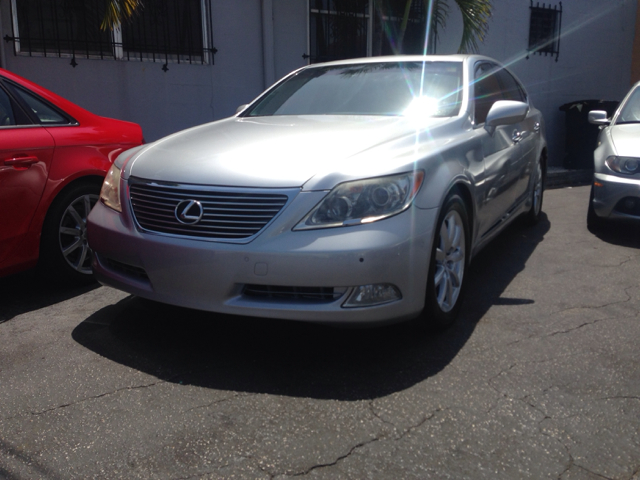 2008 LEXUS LS 460 LUXURY SEDAN unspecified 89538 miles VIN JTHBL46F985067616