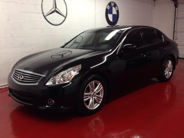 2011 INFINITI G37 G37 JOURNEY black 1500 down you drive this car home no matter what your credit