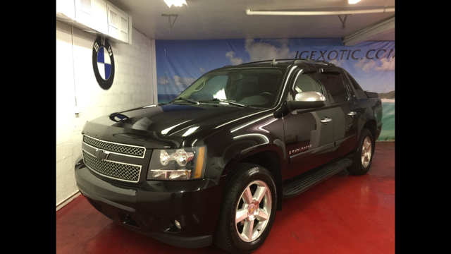 2008 CHEVROLET AVALANCHE LTZ 4X4 PICKUP CREW CAB SHORT BE black ltz 4x4 easy financing beautiful