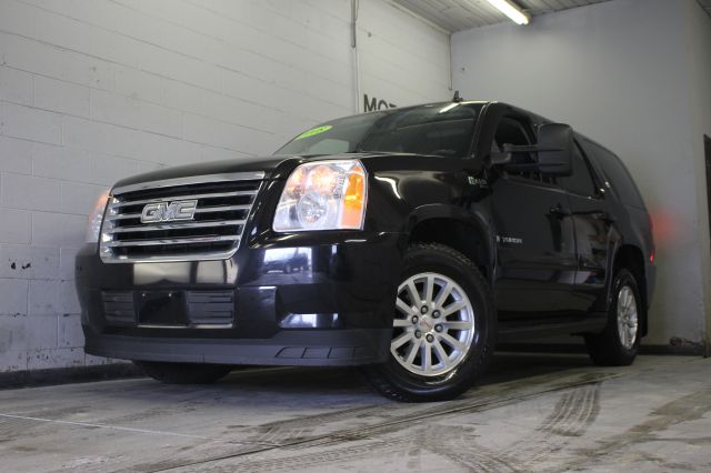 2008 GMC YUKON HYBRID 4X4 4DR SUV black call or e-mail for a free carfax must see call now to