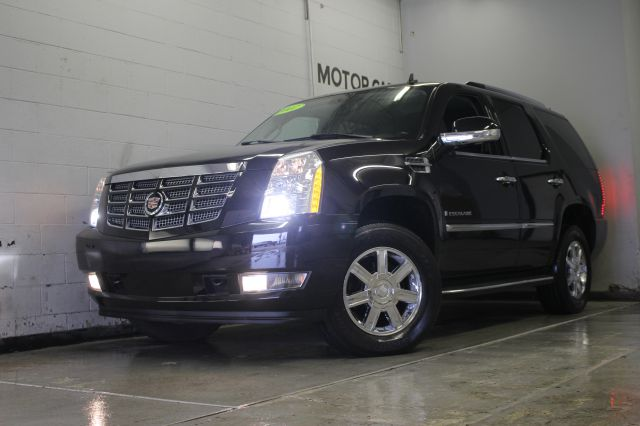 2007 CADILLAC ESCALADE BASE AWD 4DR SUV black black on black sunfoof  3 month 4000 mile limite