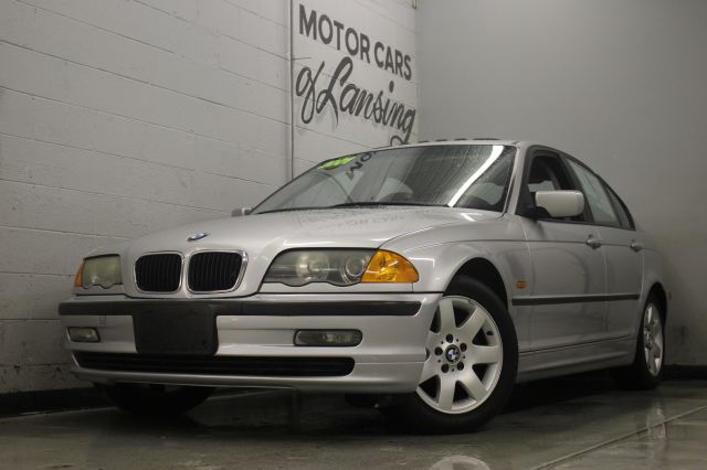 2001 BMW 3 SERIES 325I 4DR SEDAN silver priced to sell must see all customers are welcome to per