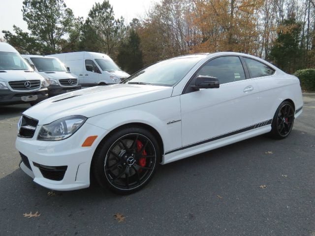 2014 MERCEDES-BENZ C-CLASS C63 AMG 2DR COUPE white flawless panoramic rool edtiion 507 90000
