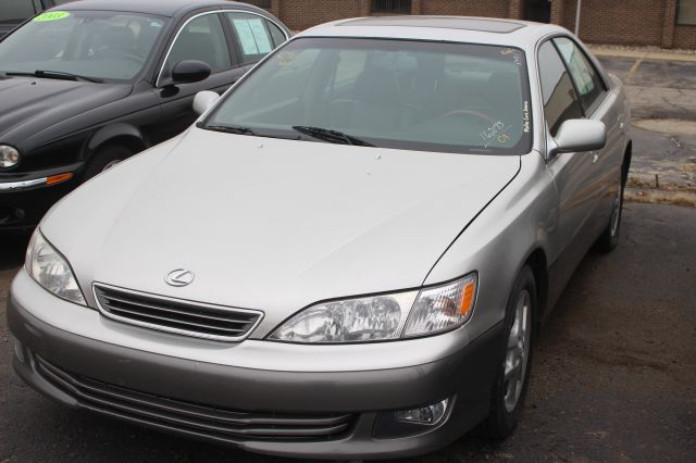 2001 LEXUS ES 300 BASE 4DR SEDAN silver super clean must see call now to schedule a test drive