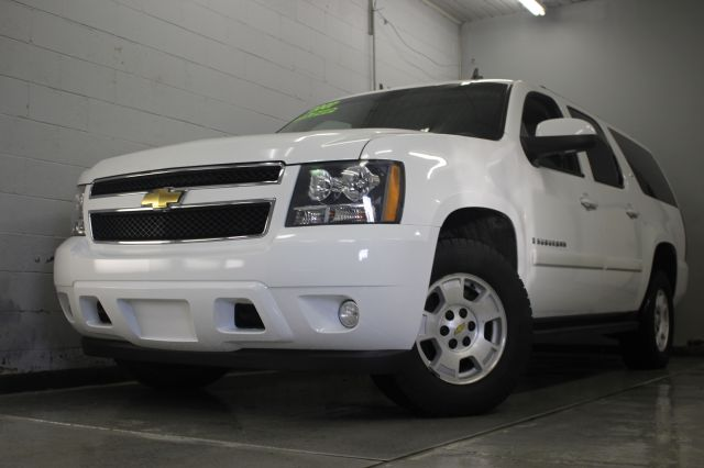 2007 CHEVROLET SUBURBAN LT 1500 4DR SUV 4WD white 4wd third row seating leather moonroof dvd