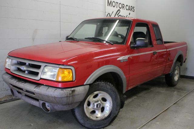 1995 FORD RANGER STX 2DR 4WD EXTENDED CAB SB red runs great 5 speed manual must see   3 month