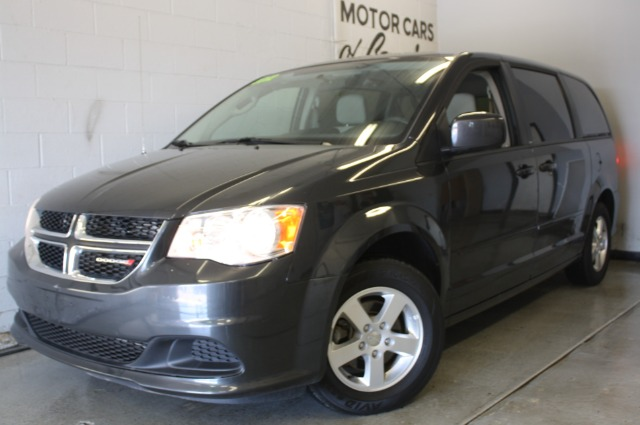 2012 DODGE GRAND CARAVAN SXT charcoal sharp van like new inside and out low miles guaranteed cr