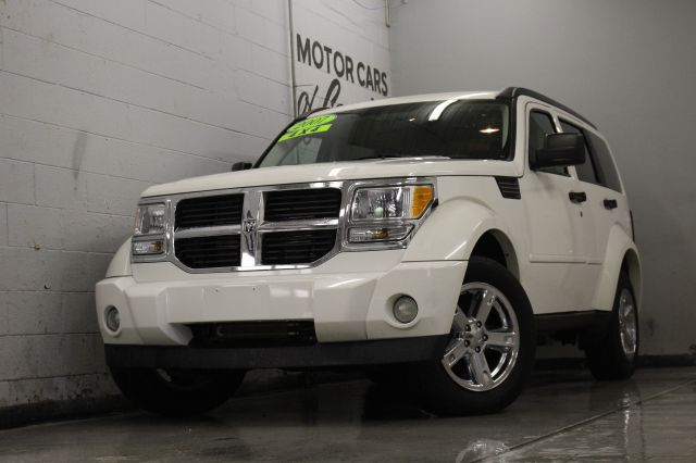 2007 DODGE NITRO SXT 4DR SUV 4WD white 4wd must see all customers are welcome to perform an insp