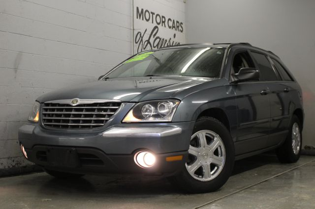 2004 CHRYSLER PACIFICA BASE AWD 4DR WAGON sage leatherthird row seating fun to drive must see