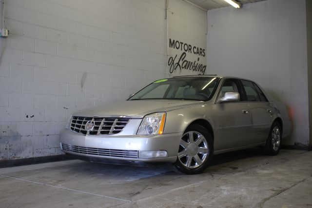 2006 CADILLAC DTS LUXURY II 4DR SEDAN everyone is approved