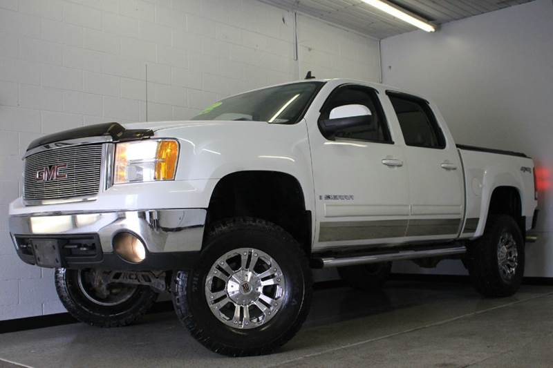 2007 GMC SIERRA 1500 SLT 4DR CREW CAB 4X4 58 FT SB white lifted leather loaded clean 2-stage un