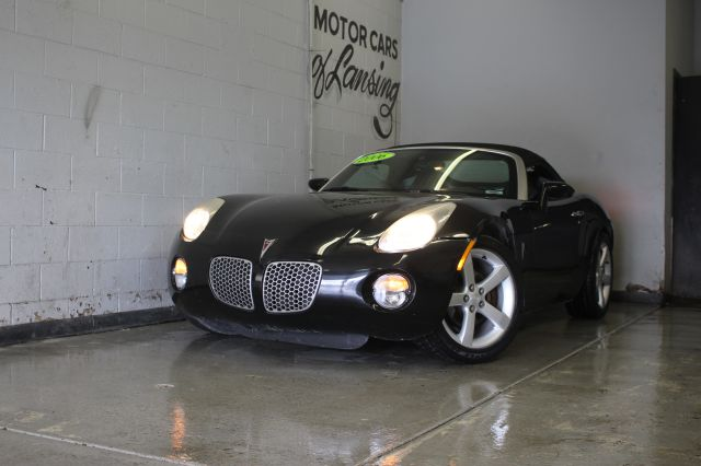 2006 PONTIAC SOLSTICE BASE 2DR CONVERTIBLE black everyone is approved