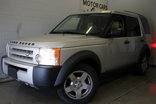 2006 LAND ROVER LR3 BASE 4DR SUV 4WD silver wow priced to sell like new inside and out must see