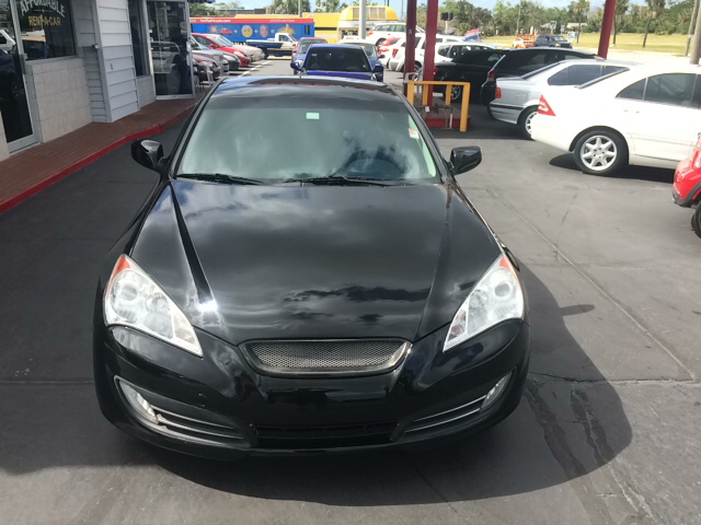 2010 Hyundai Genesis Coupe 3.8L Grand Touring 2dr Coupe - Daytona Beach FL