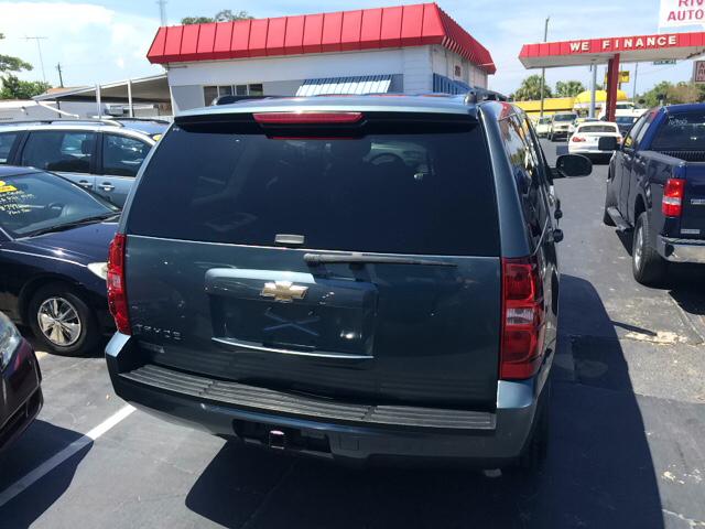 2009 Chevrolet Tahoe LS 4x2 4dr SUV - Daytona Beach FL