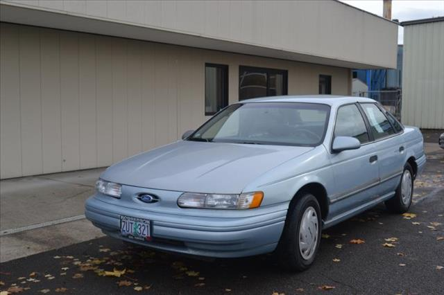 1993 ford taurus for sale for Paramount motors taylor mi