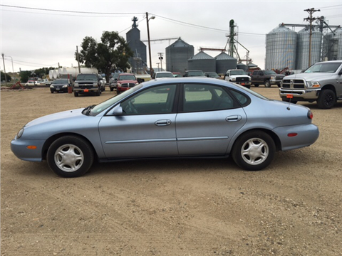 1998 Ford Taurus for sale in Philip, SD
