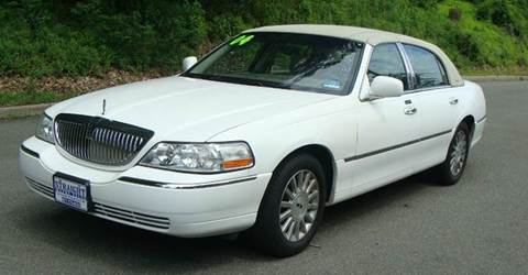 2004 Lincoln Town Car for sale in Paterson, NJ