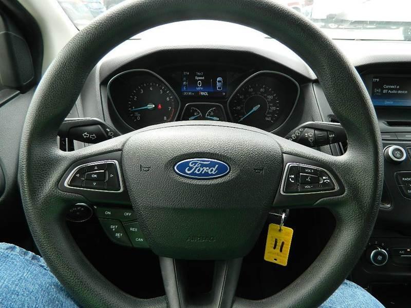 2016 Ford Focus SE 4dr Hatchback - Overton NV