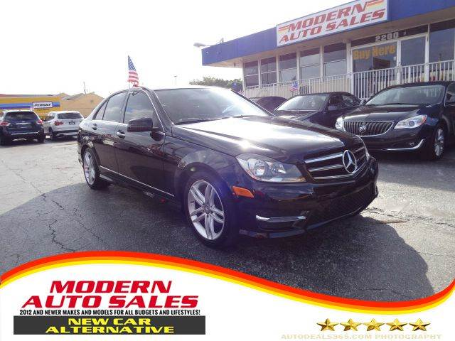 2014 mercedes benz c class c250 luxury 4dr sedan in for Mercedes benz hollywood fl