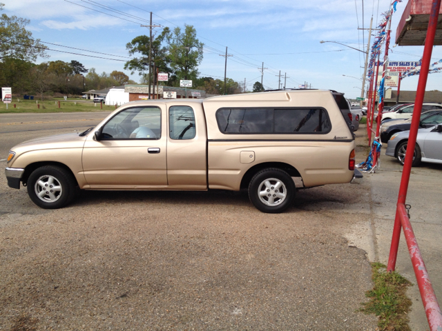 1996 TOYOTA TACOMA V6 XTRACAB 2WD tan we are located at 1402 florida blvd denham springs la 70726