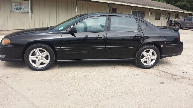 2004 CHEVROLET IMPALA SS SUPERCHARGED 4DR SEDAN blk abs - 4-wheel alloy wheels cassette center