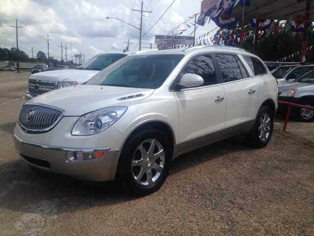 2009 BUICK ENCLAVE CXL 4DR SUV pearl white brand new in and out with brand new tires 2-stage unloc