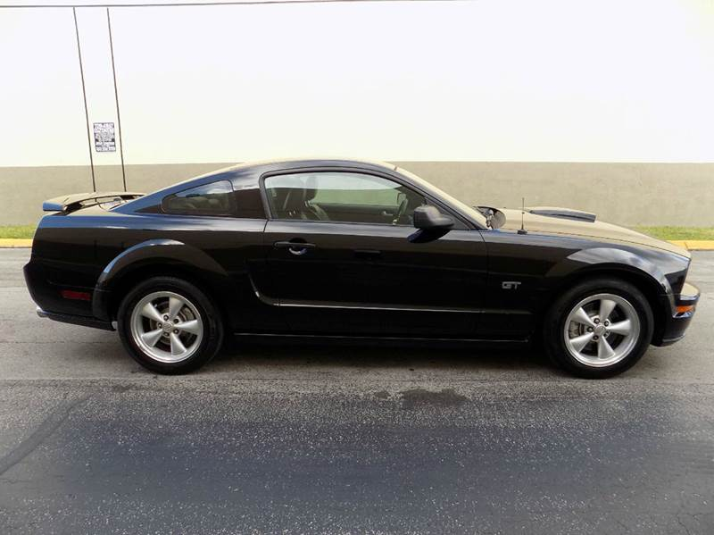 2007 Ford Mustang GT Deluxe 2dr Coupe - Hollywood FL