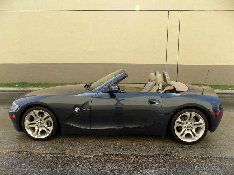 2005 BMW Z4 3.0i 2dr Roadster - Hollywood FL
