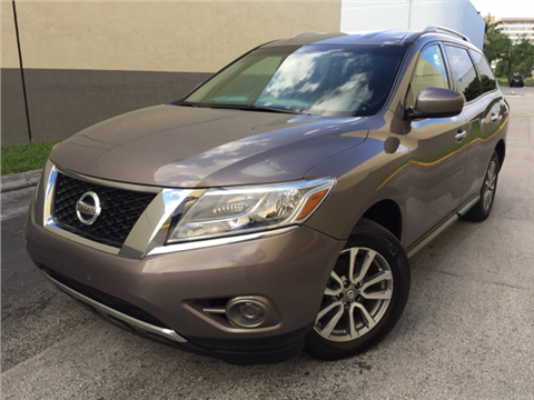 2013 Nissan Pathfinder for sale in Hollywood, FL